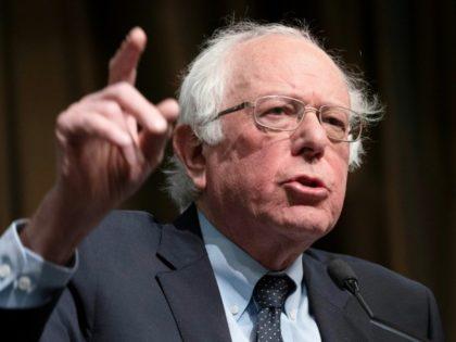 c7c1c7_us-presidential-candidate-bernie-