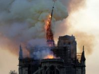 Donald Trump Offers Condolences to Emanuel Macron After Notre Dame Fire