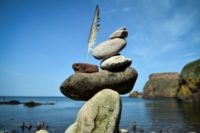 Stone stackers defy gravity at European championships