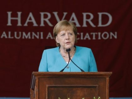 German Chancellor Angela Merkel delivers the commencement address during Harvard University commencement exercises, Thursday, May 30, 2019, on the school's campus, in Cambridge, Mass. (AP Photo/Steven Senne)