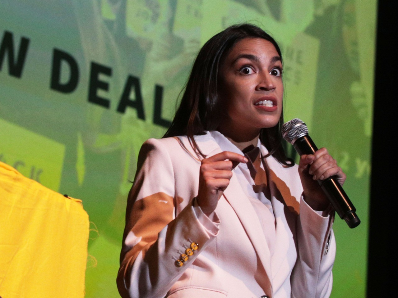 Ocasio-Cortez Calls for Green New Deal to Combat NYC Subway Flooding