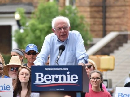 Bernie Sanders Puts Climate Change Doomsday Clock at 12 Years During Rally in Alabama