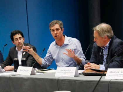 Democratic presidential candidate and former Texas Congressman Beto O'Rourke, center, speaks during a roundtable discussion on climate change, Monday, May 6, 2019, in Des Moines, Iowa. (AP Photo/Charlie Neibergall)