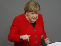 Merkel Bashes Populists, Calls for 'Pro-Minority' Europe of 'Values' Ahead of Elections