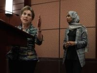 Jan Schakowsky and Ilhan Omar (Alex Wong / Getty)