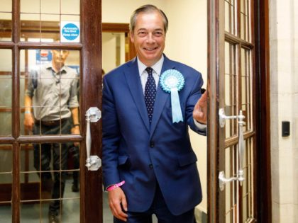 Nigel Farage (Tolga Akmen / Getty)