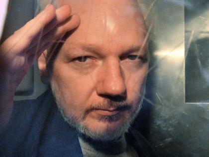 Fake News: Media Push False Claim Trump Offered Julian Assange a Pardon Quid-Pro-Quo