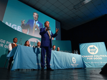 Final Poll Before Election Day Has Brexit Party Lead on 37 Per Cent, Conservatives Collapse to 7 Per Cent