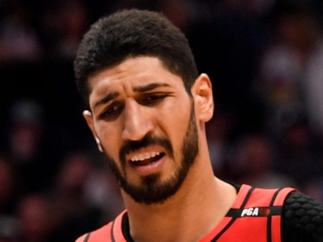 U.S. senator seeks safe passage for Turkish centre Enes Kanter