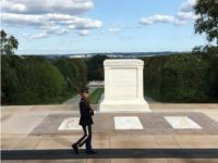 Tomb of the Unknown Soldier with Old Guard