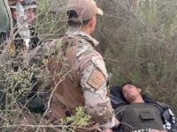 BORSTAR Border Patrol agents in the Del Rio Sector rescue a migrant suffering heat-related injuries near the Texas border with Mexico. (Photo: U.S. Border Patrol/Del Rio Sector)