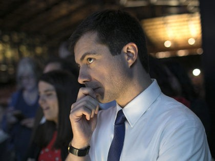 RICHMOND, VIRGINIA - JUNE 15: Democratic presidential candidate and Mayor of South Bend, Indiana, Pete Buttigieg attends the 2019 Blue Commonwealth Gala fundraiser June 15, 2019 in Richmond, Virginia. Nearly 1,800 attended the event featuring Buttigieg and Democratic presidential candidate Sen. Amy Klobuchar (D-MN). (Photo by Win McNamee/Getty Images)