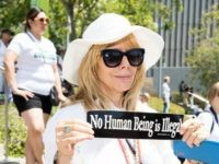 LOS ANGELES, CA - JUNE 30: Rosanna Arquette attends 'Families Belong Together - Freedom for Immigrants March Los Angeles' at Los Angeles City Hall on June 30, 2018 in Los Angeles, California. (Photo by Emma McIntyre/Getty Images for Families Belong Together LA)