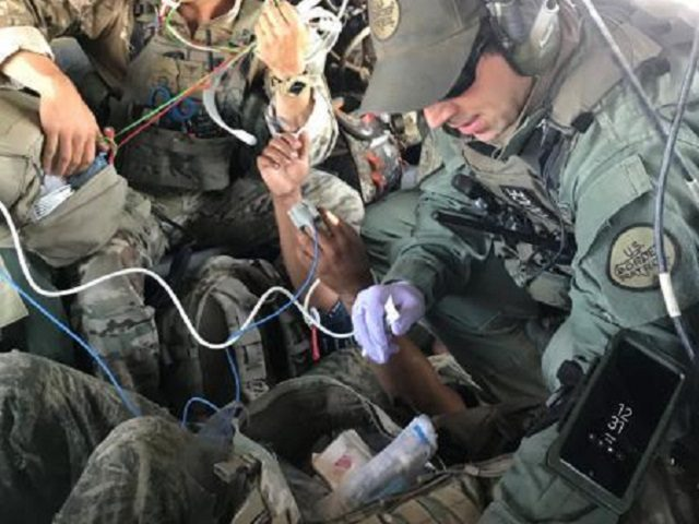 Tucson Sector Border Patrol agents rescue injured migrant in mountainous desert region. (Photo: U.S. Border Patrol/Tucson Sector)