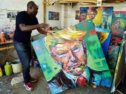 Trump art Kenya (Simon Maina / AFP / Getty)
