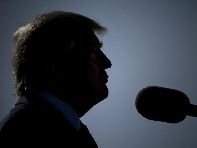 Trump goes dark (Brendan Smialowski / Getty)