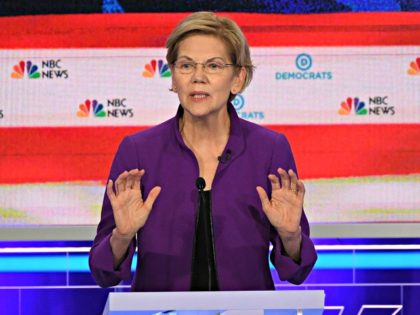 Democratic presidential hopeful US Senator from Massachusetts Elizabeth Warren arrives to participate in the first Democratic primary debate of the 2020 presidential campaign season hosted by NBC News at the Adrienne Arsht Center for the Performing Arts in Miami, Florida, June 26, 2019. (Photo by JIM WATSON / AFP) (Photo …