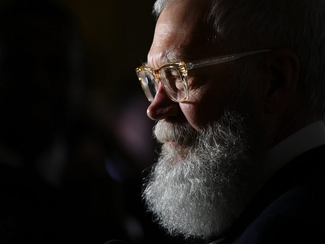 Honoree David Letterman does an interview at the 20th Annual Mark Twain Prize for American Humor at the Kennedy Center in Washington, DC, on October 22, 2017. / AFP PHOTO / ANDREW CABALLERO-REYNOLDS (Photo credit should read ANDREW CABALLERO-REYNOLDS/AFP/Getty Images)