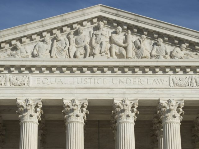 The US Supreme Court is seen in Washington, DC, on January 31, 2017. - President Donald Trump was poised Tuesday to unveil his pick for the US Supreme Court, a crucial appointment that could tilt the bench to conservatives on deeply divisive issues such as abortion and gun control. Trump's …