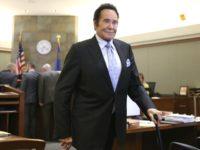 Wayne Newton Tells Vegas Jury He Fired Shot as Burglars Fled