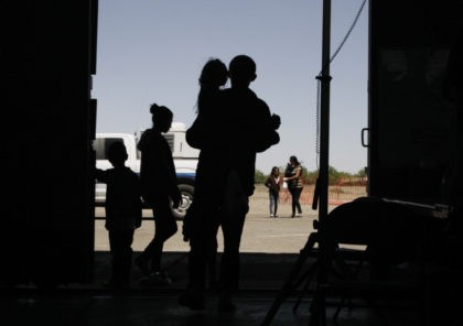 Lawyers: 250 children held in bad conditions at Texas border