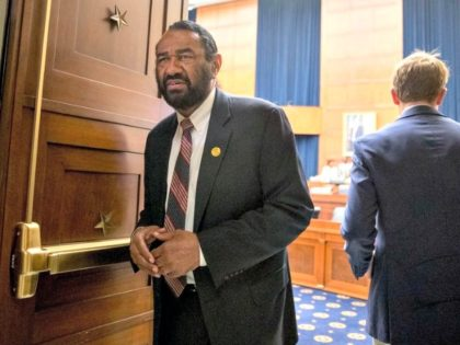 Democratic Rep. Al Green introduced a resolution in the House to impeach U.S. President Donald Trump, but the Democrat-controlled House voted to block the measure. (Andrew Harnik/Associated Press)