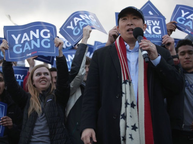WASHINGTON, DC - APRIL 15: Democratic U.S. presidential hopeful Andrew Yang hosts a campaign rally at the Lincoln Memorial April 15, 2019 in Washington, DC. One of Yang's major campaign promises is a universal basic income proposal to give every American 18 years and older $1,000 every month. (Photo by …