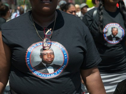 DOJ Won't Bring Federal Charges Against NYPD Officers Involved in Eric Garner's Death