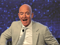 Democrat Senator for Amazon's Home State Seeks $10B Giveaway for Jeff Bezos' Space Company