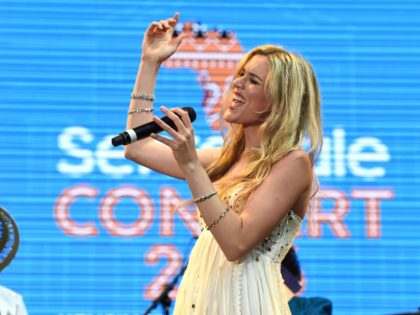 Briritsh singer Joss Stone performs on stage at the Sentebale Concert at Kensington Palace in central London on June 28, 2016 in London. Prince Harry will be joined by co-founding Patron Prince Seeiso of Lesotho to watch the concert and will deliver a speech on stage during the evening. The …
