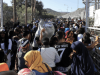 Greece Pleads with EU to Resolve Migrant Crisis as 5,000 Cross Border in One Month