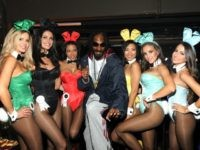 NEW ORLEANS, LA - FEBRUARY 01: Snoop Dogg (C) poses with Playmates during the Tabasco Original Red Sauce at the Playboy Party presented by Crown Royal on February 1, 2013 in New Orleans, Louisiana. (Photo by Craig Barritt/Getty Images for Tabasco)