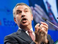 Thomas L. Friedman, NY Times columnist and Pulitzer Prize winning author, gives a speech during the Swiss Economic Forum (SEF), in Thun, Switzerland, Thursday, May 14, 2009. (AP Photo/Keystone/Peter Schneider)