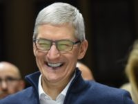 Apple Rewards CEO Tim Cook with Up to a Million Shares of Stock