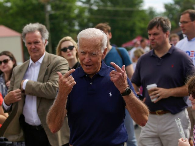 Biden apologises over comments about segregationists
