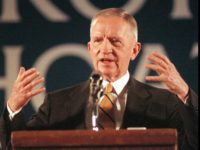 Reform Party presidential candidate Ross Perot speaks to supporters at the Allen Park, Mich., Municipal Auditorium Saturday afternoon, Nov. 2, 1996. (AP Photo/Tahra Makinson-Sanders)