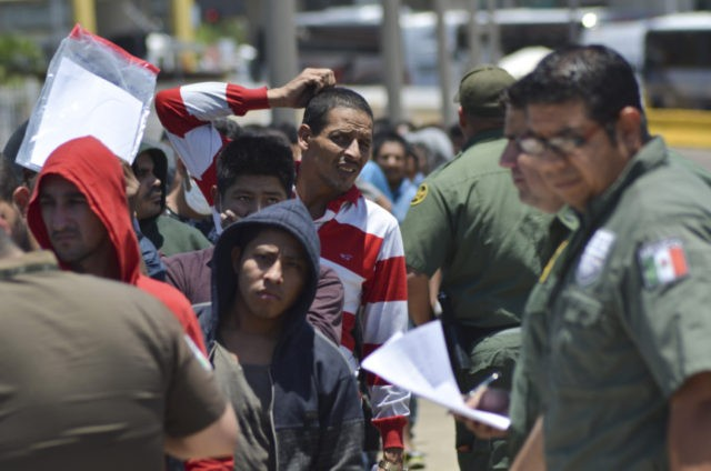 Zero of 1.2K Migrants Eligible for U.S. Asylum Since 'Remain in Mexico' Policy