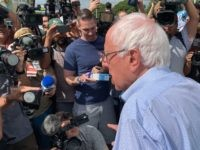 Bernie Sanders press (Joel Pollak / Breitbart News)