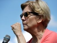 Democratic presidential candidate Sen. Elizabeth Warren, D-Mass., gestures as she speaks at a campaign event, Wednesday, Aug. 14, 2019, in Franconia, N.H. (AP Photo/Elise Amendola)