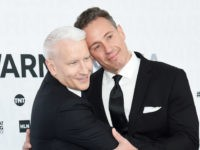 NEW YORK, NEW YORK - MAY 15: Anderson Cooper of CNN'Äôs Anderson Cooper 360¬∞ and Chris Cuomo of CNN'Äôs Cuomo Prime Time attend the WarnerMedia Upfront 2019 arrivals on the red carpet at The Theater at Madison Square Garden on May 15, 2019 in New York City. 602140 (Photo by …
