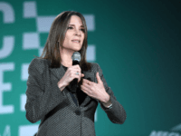 Democratic presidential candidate Marianne Williamson speaks during the 2020 Public Service Forum hosted by the American Federation of State, County and Municipal Employees (AFSCME) at UNLV on August 3, 2019 in Las Vegas, Nevada. Nineteen of the 24 candidates running for the Democratic party's 2020 presidential nomination are addressing union …