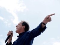 Democratic presidential candidate and Montana Governor Steve Bullock delivers a 20-minute campaign speech at the Des Moines Register Political Soapbox at the Iowa State Fair August 08, 2019 in Des Moines, Iowa. 22 of the 23 politicians seeking the Democratic Party presidential nomination will be visiting the fair this week, …