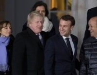 Boris Johnson Heads to Paris For Second Day of Fresh Brexit Talks