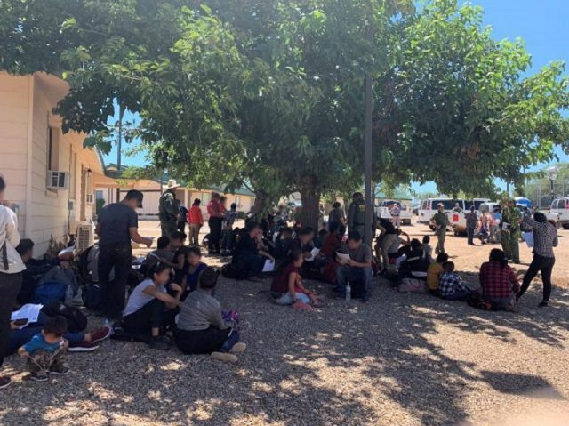 Tucson Sector Border Patrol agents apprehend a group of 98 migrants near Sasabe, Arizona.. (Photo: U.S. Border Patrol/Tucson Sector)