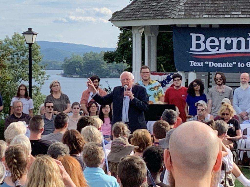 Bernie Sanders in Wolfeboro (Joel Pollak / Breitbart News)
