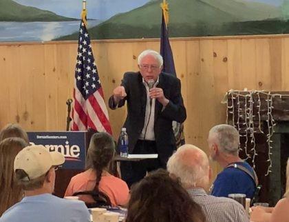 Bernie Sanders in New Hampshire (Joel Pollak / Breitbart News)