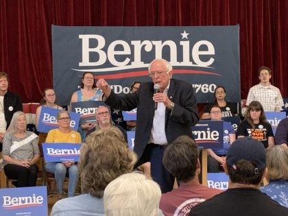 Bernie Sanders in Littleton, New Hampshire (Joel Pollak / Breitbart News)