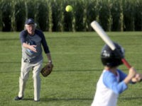 Media Bails on Bernie Sanders 'Field of Dreams' Game Due to Fundraising Email