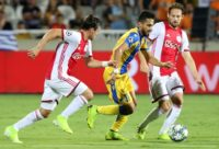 Ajax finish with 10 men and a goalless draw in Cyprus