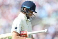 Root out for second straight duck as England collapse to 54-6 in third Ashes Test